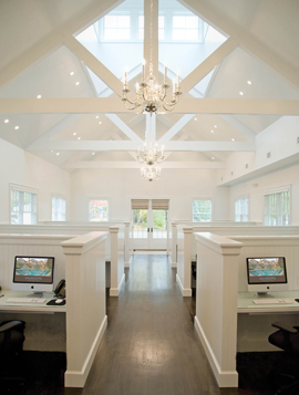New hamptons luxury real estate firm for Hamptons luxury real estate